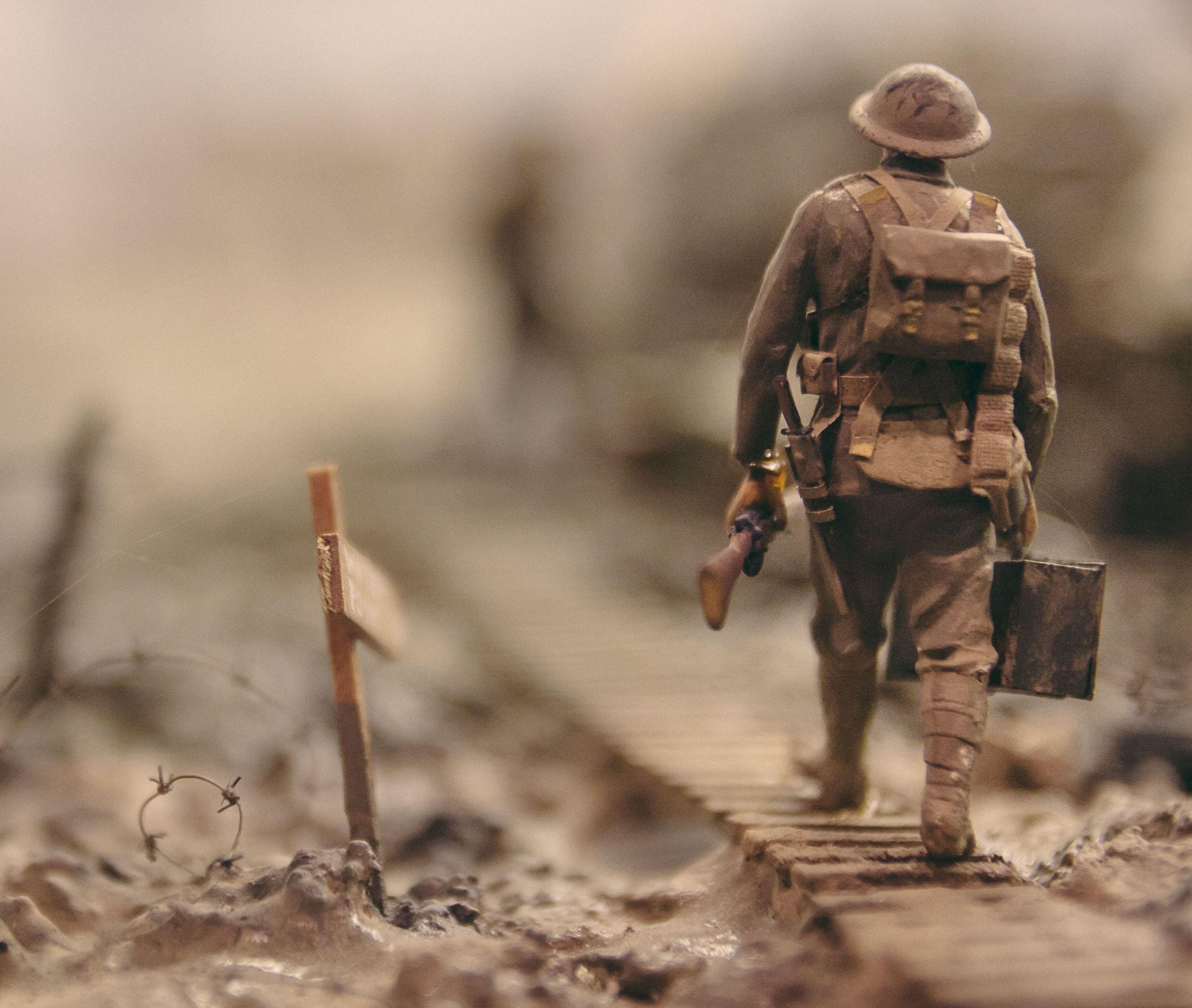 Чому з армії йдуть досвідчені офіцери?