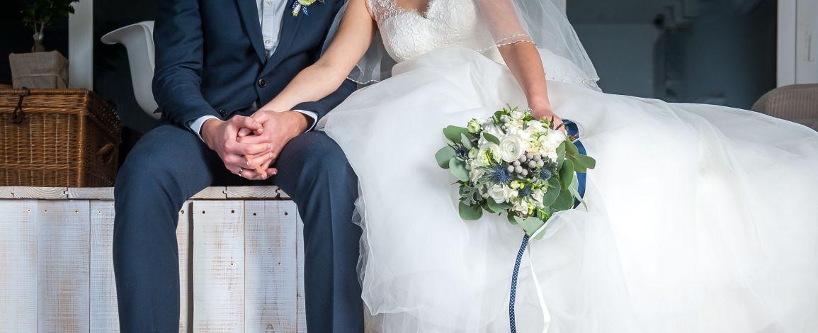 Постукай по дереву — на ЛавЛавCar дерев'яне весілля