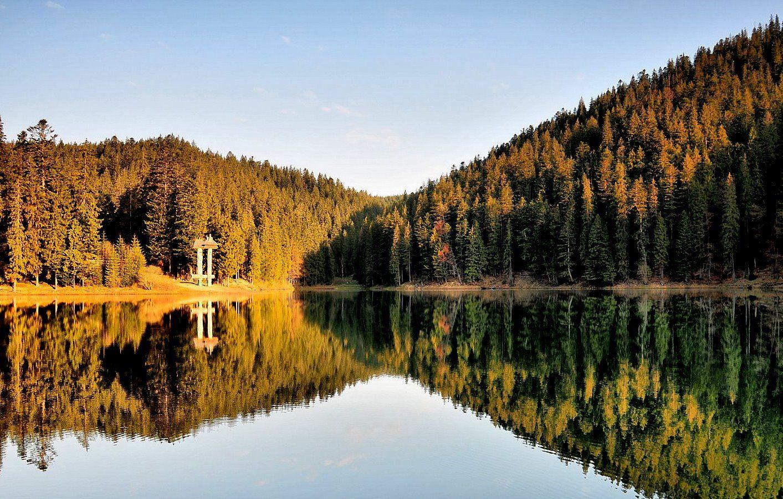Найкрасивіші куточки України, де варто побувати восени
