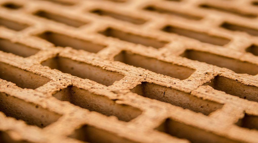 В Африці створили першу в світі цеглину з сечі