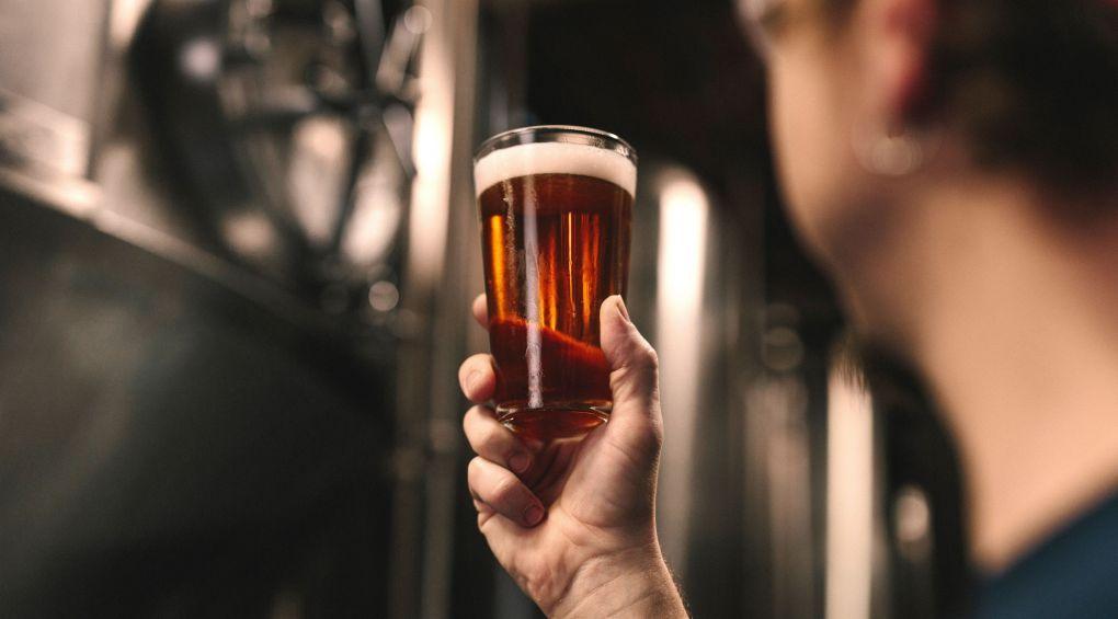 Шотландці запустять перший в світі пивний авіарейс