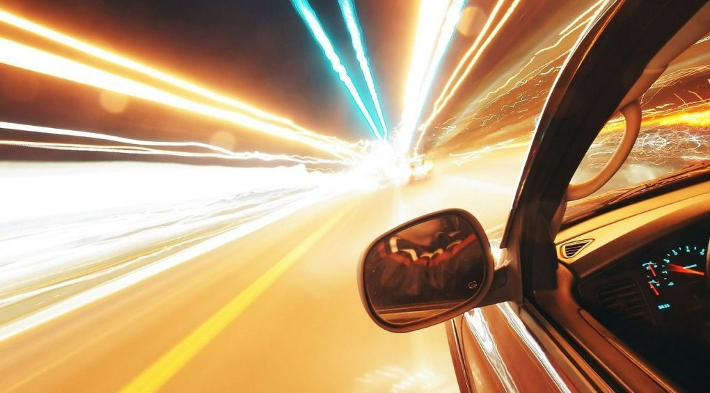 7 правил нічного водіння, які збережуть вам життя