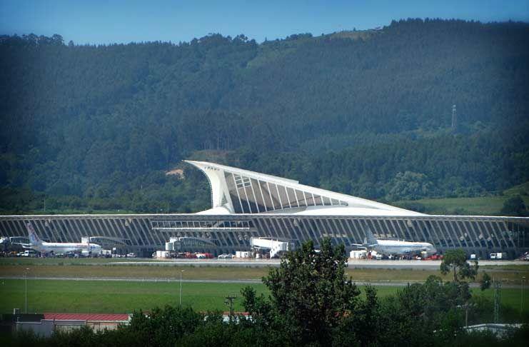 Фотодобірка найгарніших аеропортів світу 10