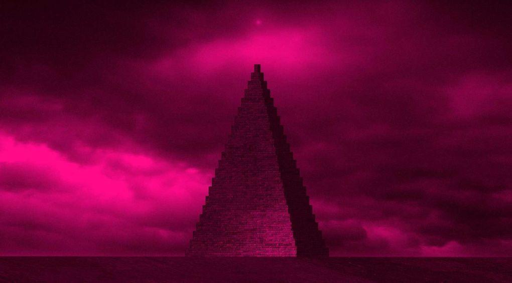 Музичний гурт збудує піраміду з трупів фанатів