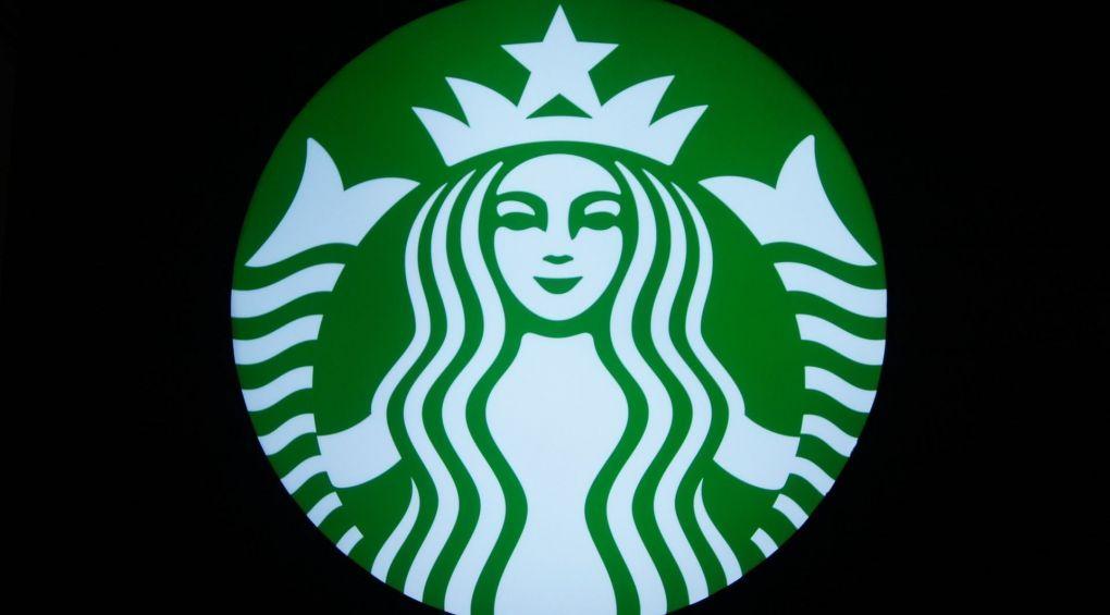 Starbucks заборонив дивитися порно в кав'ярнях, а YouPorn заборонив співробітникам пити каву Starbucks