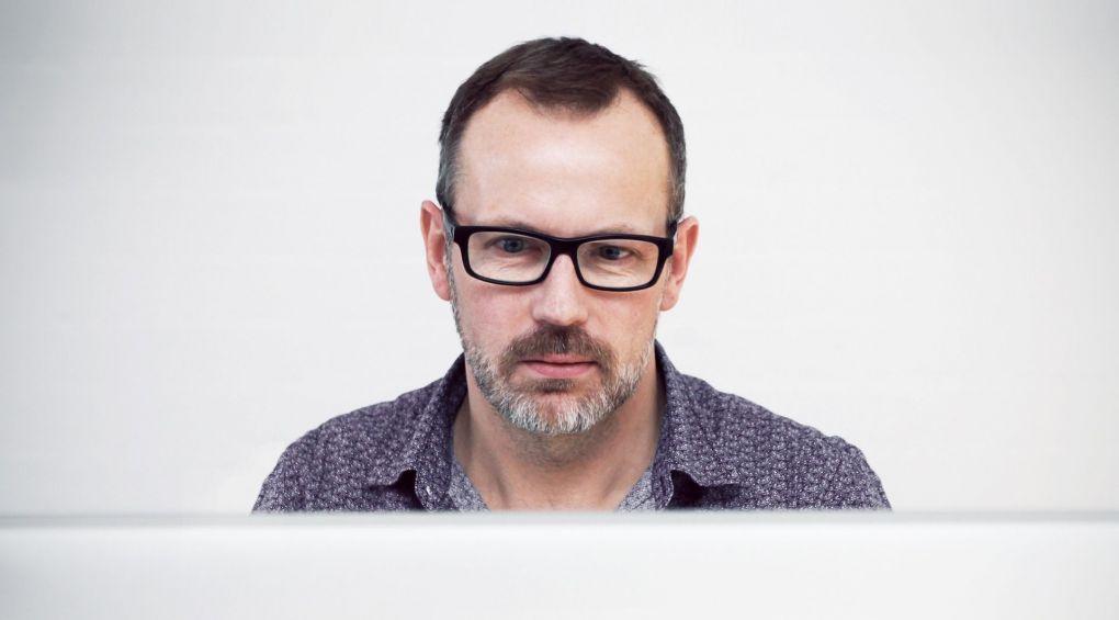 Кризис среднего возраста у мужчин: как выжить