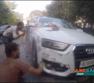 Як ремонтують авто у Індії