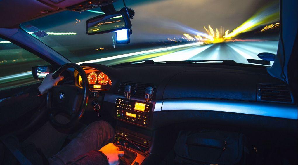 Як не заснути за кермом: поради водію