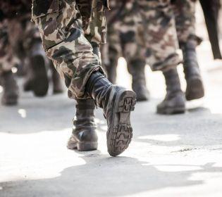 Працівники військкоматів влаштовують справжні облави на призовників