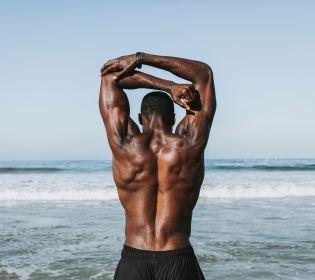 Топ-8 вправ, які допоможуть вам накачати м'язи вдома