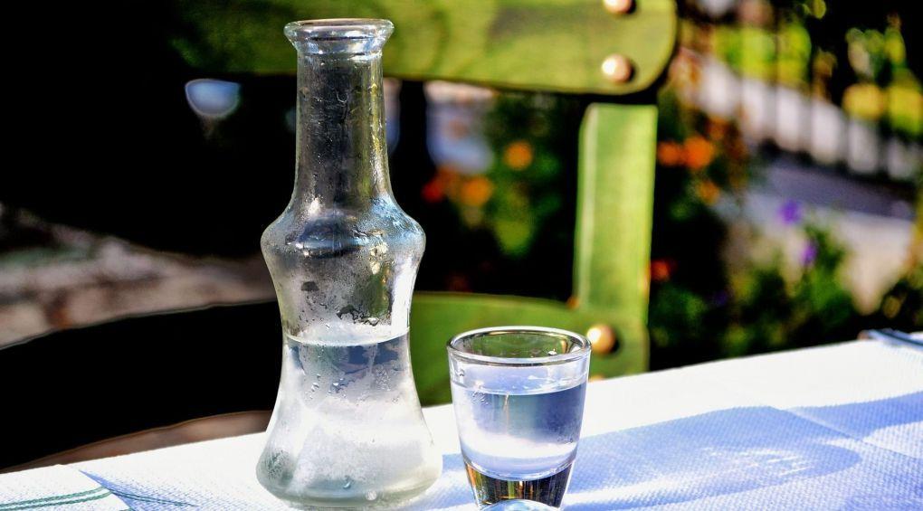 Топ-10 мифов о водке