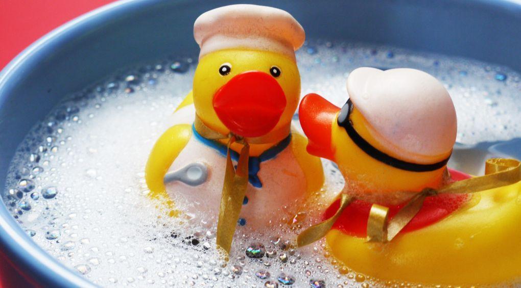Почему часто мыть руки – вредно?