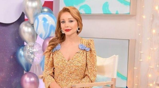 Вишукана й граційна: Тіна Кароль прикрасила золотий номер журналу Viva!