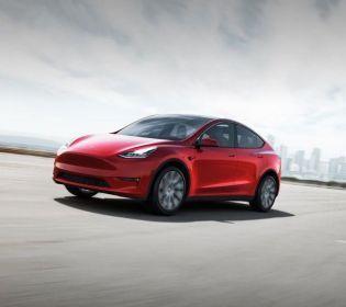 Мрія, а не машина: Ілон Маск презентував нову Tesla Model Y