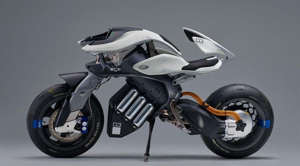 В світі з'явився мотоцикл, що впізнає свого хазяїна