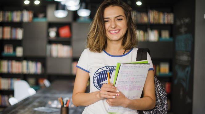 У Грузії скасували випускні іспити у школах