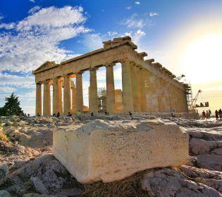 Історія у гіфках: дивимося, як виглядали древні пам'ятки архітектури
