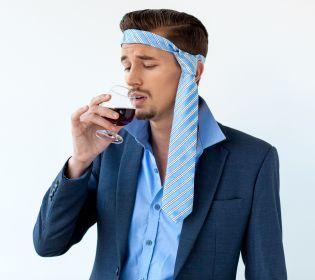Похмілля: Як боротися з наслідками вживання алкоголю?