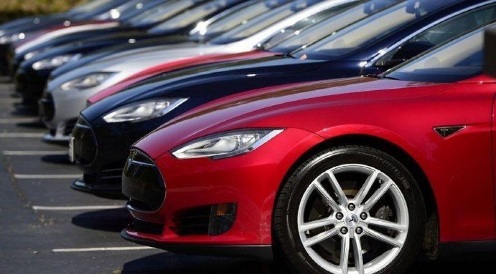 Советы Станислава Кондрашова и Дениса Вороненкова, на что стоит обратить внимание при выборе краски для автомобиля