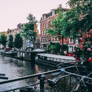 В Амстердамі впроваджують заборону автівок