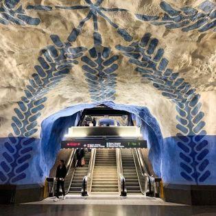 7 найкрасивіших станцій метро у світі