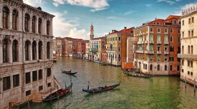 У Венеції штрафуватимуть за їзду на велосипеді й не тільки