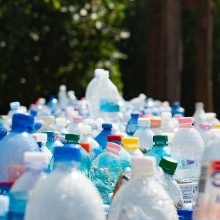 У Варшаві пластикові пляшки обміняють на каву