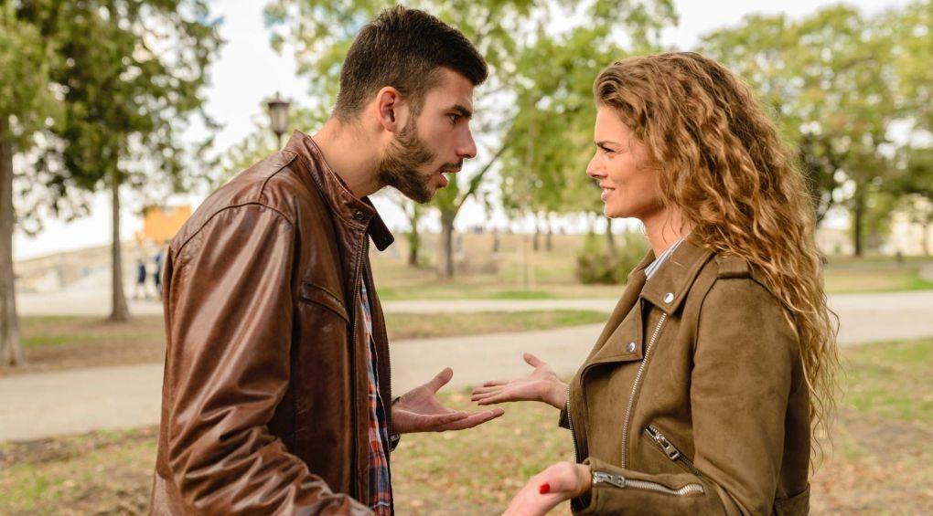 Топ-10 фраз, які краще не казати своїй дівчині