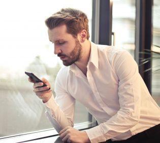 Керувати смартфоном силою думки: Як Ілон Маск підкорює людський розум? (відео)