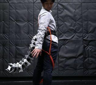 Ученые представили роботизированный хвост для людей: Зачем он? (видео)
