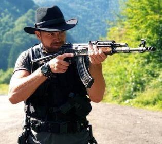 Артемий Егоров: «Если надеть шляпу – я вылитый Чак Норрис»