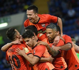 «Десна» – «Шахтар»: Матч української Прем'єр-ліги онлайн на 2+2