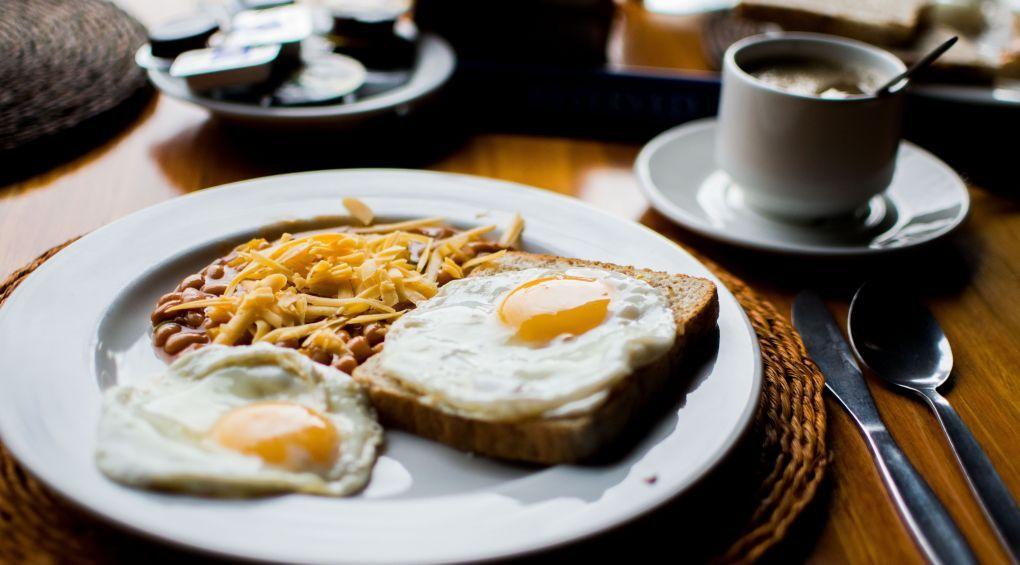 3 прості рецепти сніданку, які приготує кожен чоловік