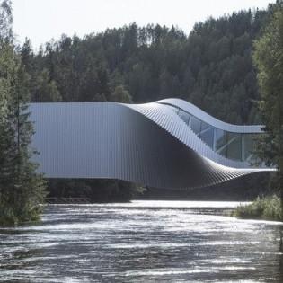 Современная новинка от архитекторов: В Норвегии создали первый «музейный мост»