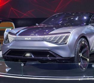 Сочетание кроссовера и спорткара: Киа представили автомобиль будущего (видео)