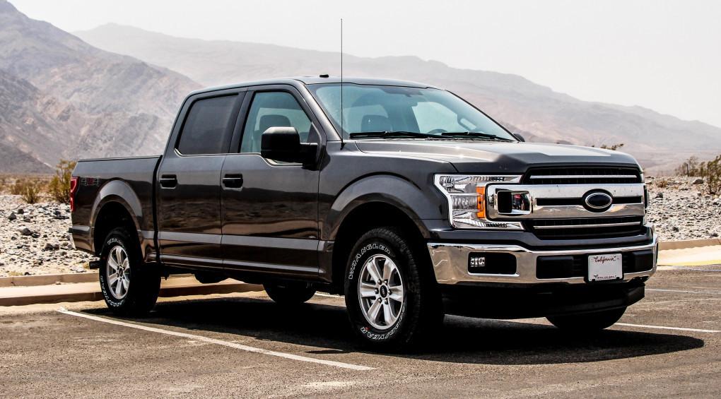Будет битва: Ford и Tesla устроят соревнования пикапов