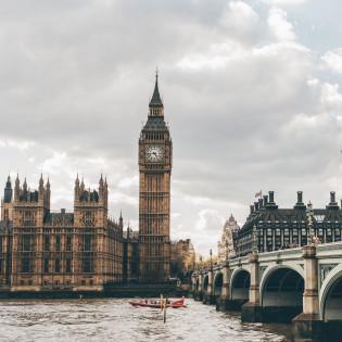 Королівська вакансія: Єлизавета ІІ шукає менеджера з подорожей