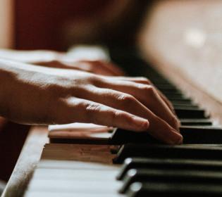 Десяту симфонію Бетховена допише штучний інтелект