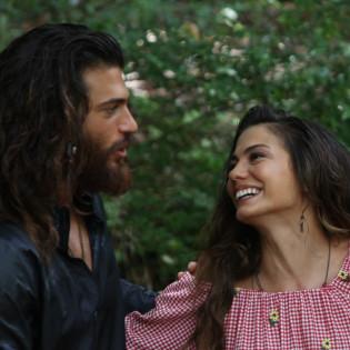 Чем закончится история любви Джана и Санем? Финал «Ранней пташки» уже завтра!