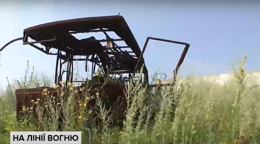Поблизу Донецького аеропорту не вщухають потужні обстріли окупантів