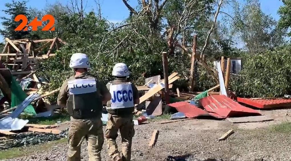 Зухвалі обстріли бойовиків: пошкоджені житлові будинки