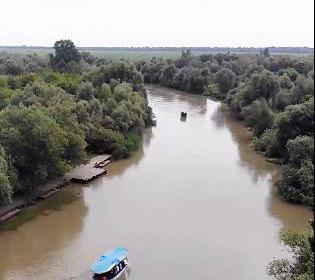 Українська Амазонка або місто на воді: як туди дістатися