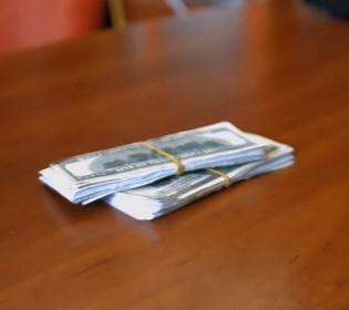 Сколько стоит «дотянуться до небес»: руководителя летной академии НАУ поймали на вымогательстве денег