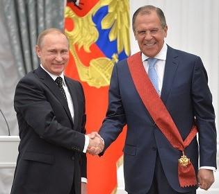 На публіці – пристойний сім'янин: головний дипломат Росії Лавров втрапив у скандал з коханкою