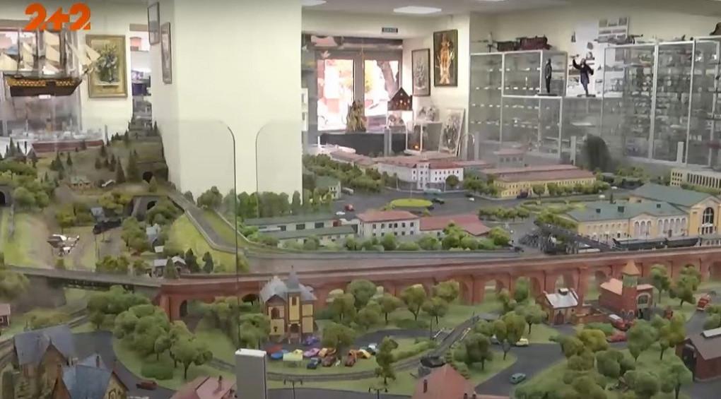 Місто в місті: майстри побудували унікальний макет Вінниці 60-х років