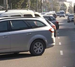 Платная парковка: в Виннице решили разгрузить наиболее запаркованные улице