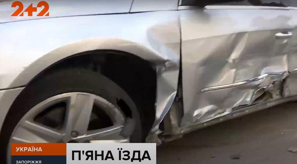 Арифметика п'яної їзди: один водій легковика протаранив одинадцять автомобілів