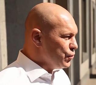 Із автоматом в руці: чому Ілля Кива присвятив відео Степану Бандері