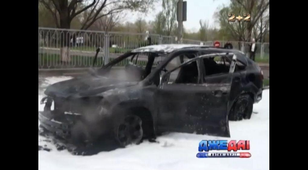 В Запоріжжі згоріло авто